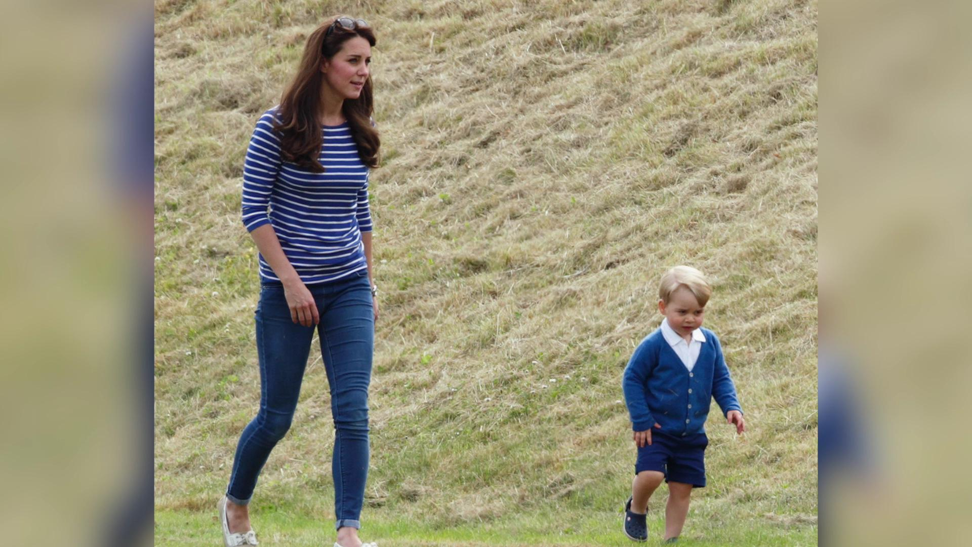 Kate Middleton's maternity jeans sell out