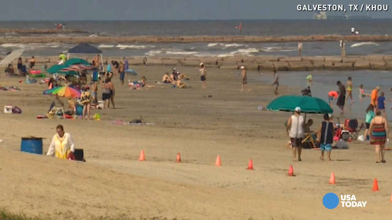 Fecal bacteria high along Texas beaches after floods