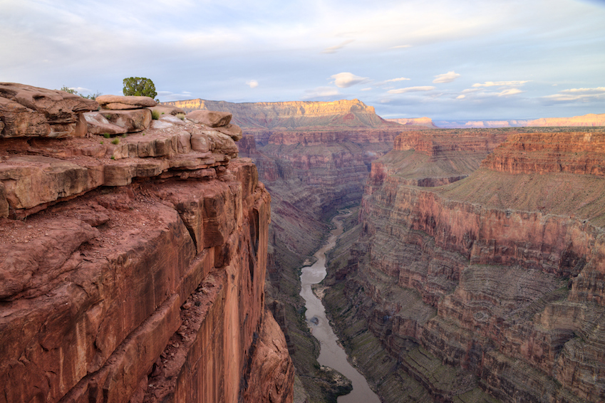Grand canyon named one of usa 39 s 39 most endangered historic for Historical sites in the usa