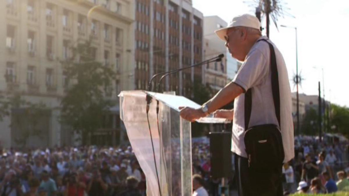 Meet Greece's 82-year-old Pensions Warrior