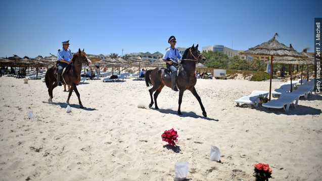 Tunisian authorities hunt for accomplices in beach attack