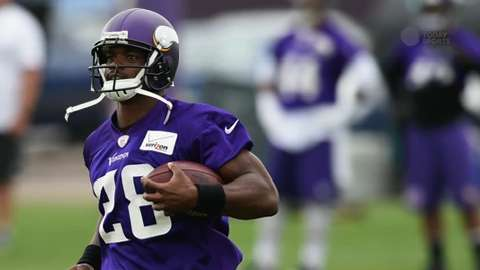 NFL Daily Blitz: Adrian Peterson taking on leadership role