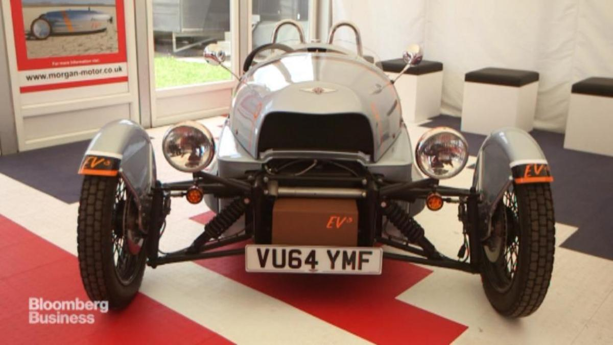 Tired of Tesla? Here's a 3-wheeled electric racer