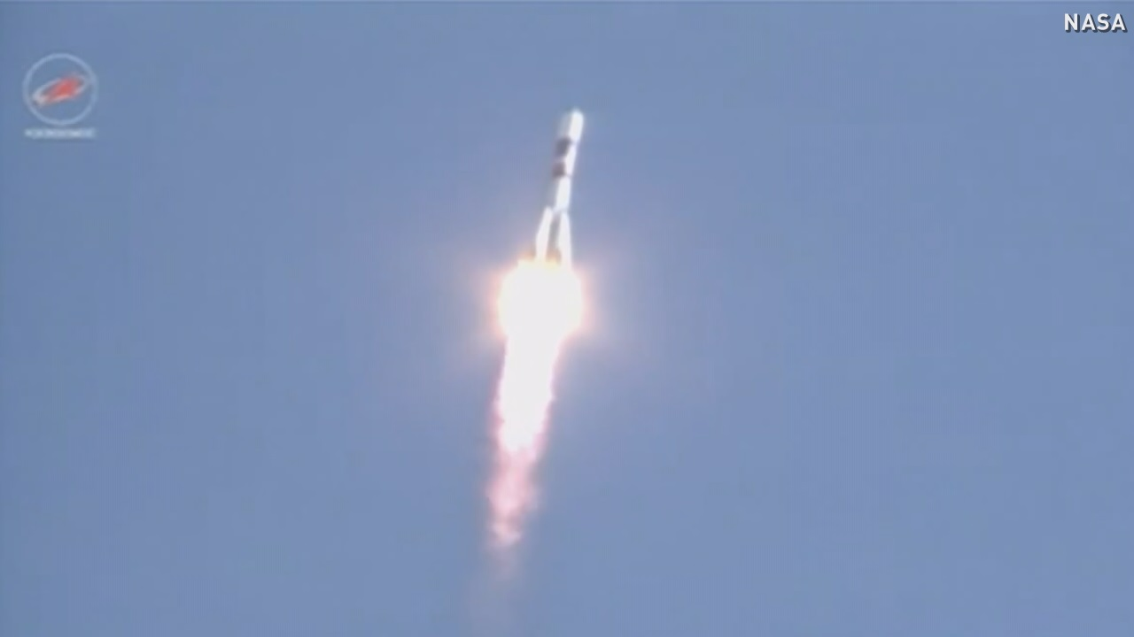 Russian cargo ship safely en route to ISS