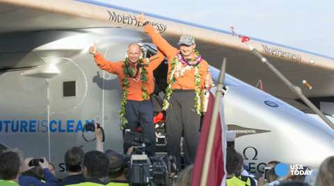 Solar-powered plane flys from Japan to Hawaii