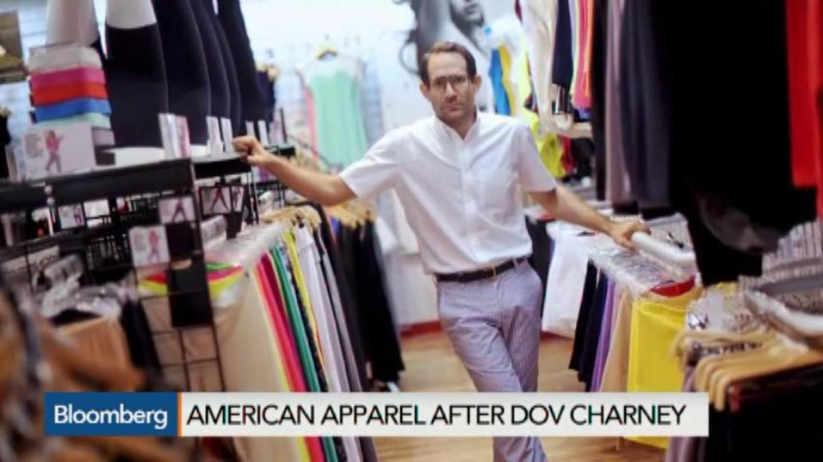 American Apparel to lay off workers, close stores