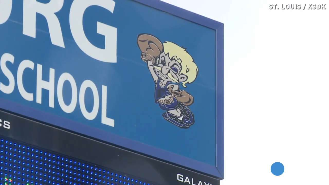 High school's 'Midget' mascot draws criticism