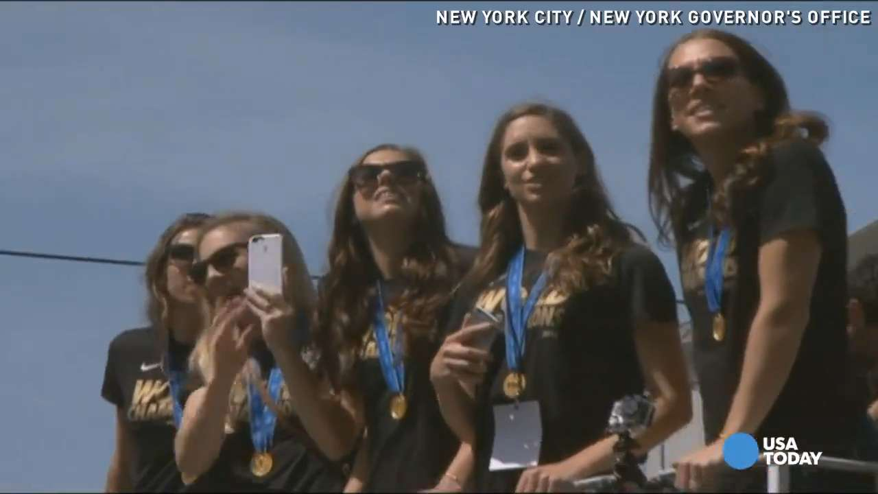 Ticker-tape parade for U.S. women's World Cup champs