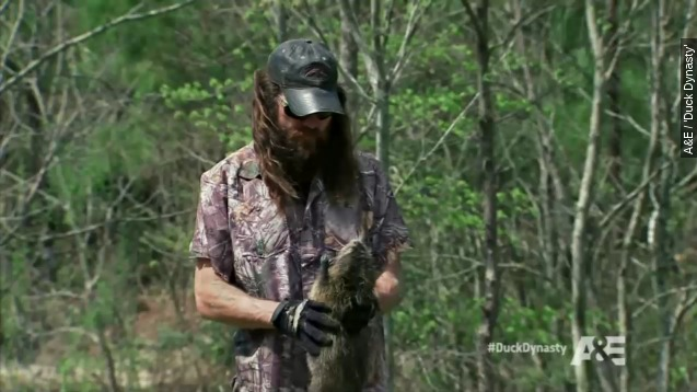 The 'Duck Dynasty' brothers make the grossest sausage ever