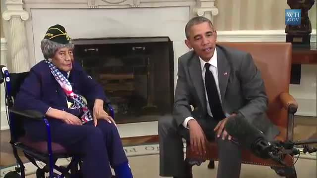 The President meets with America's oldest veteran
