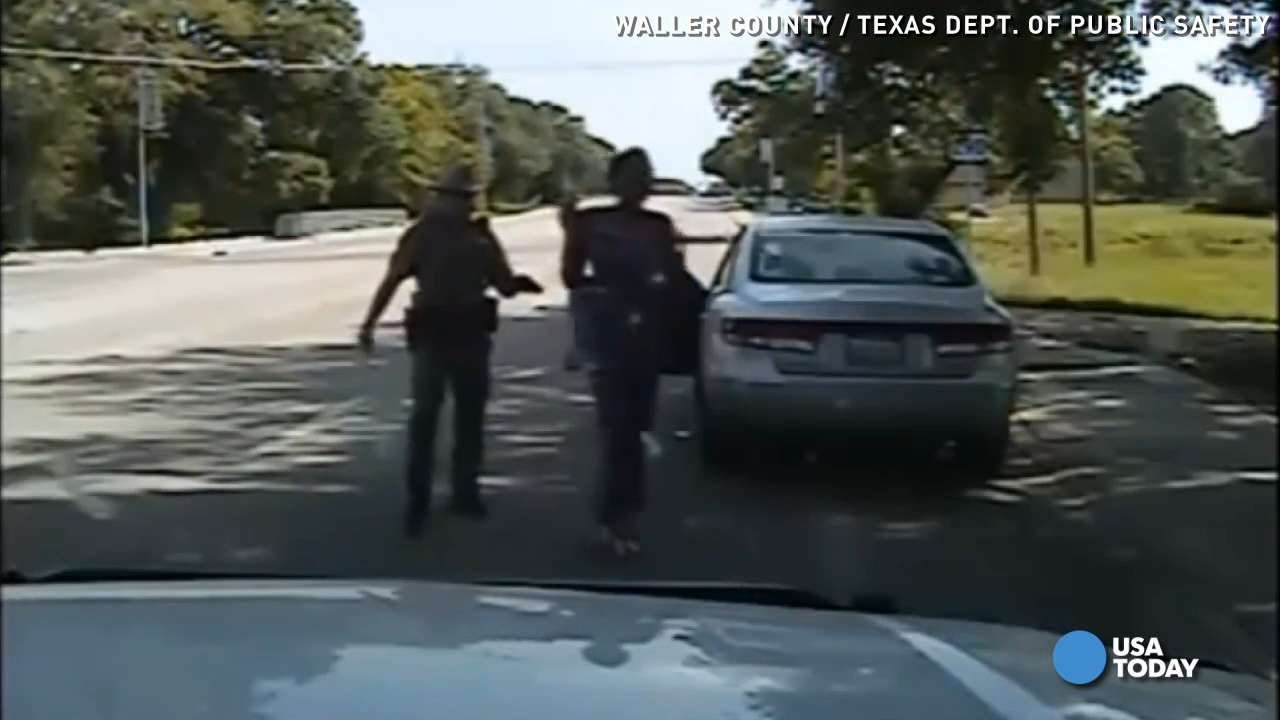 New dashcam video details Sandra Bland's arrest
