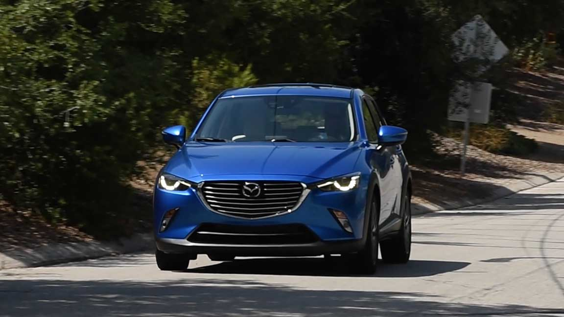 mazda s new cx3 combines style and good gas mileage. Black Bedroom Furniture Sets. Home Design Ideas