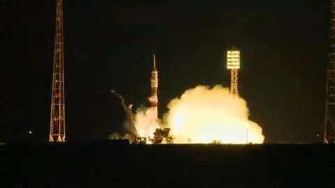 Soyuz rocket launches towards ISS after delay