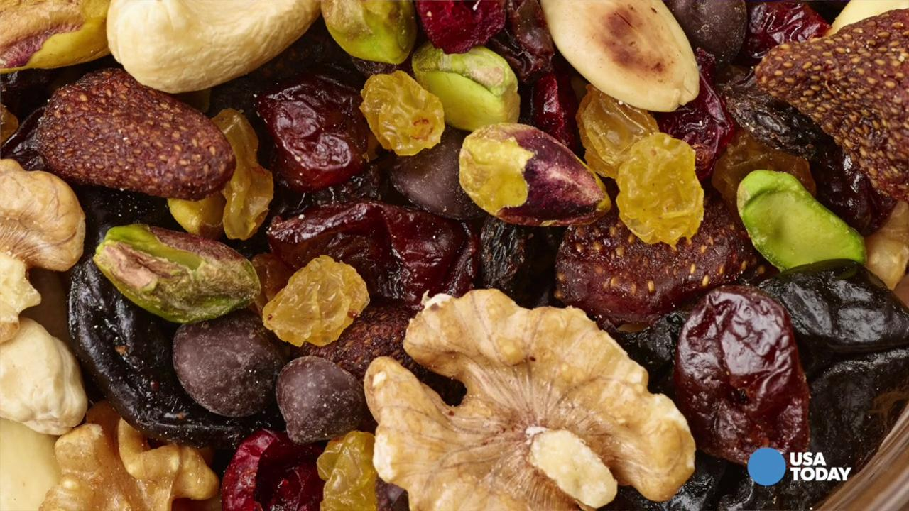 USA TODAY's Emeline Callaway shares 5 snack ideas that will pass TSA's 3-1-1 rule from SmarterTravel.com's list.