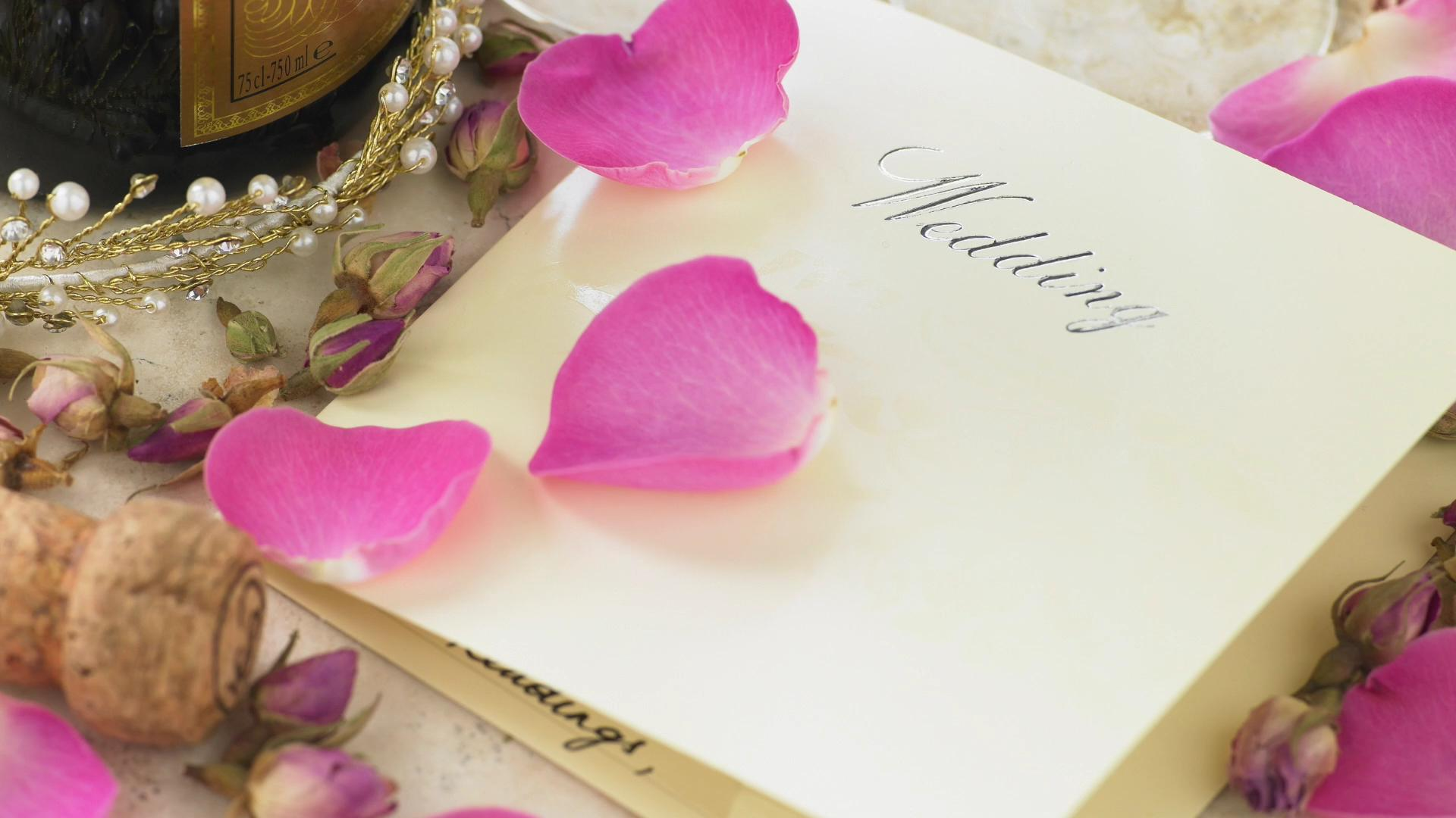 Which state's wedding guests give the highest cash gifts?