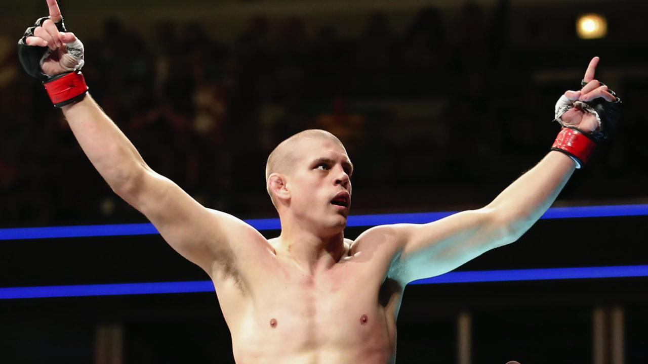 Joe Lauzon explains walking away before official stoppage in victory over Takanori Gomi