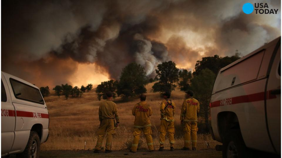 Northern California wildfire grows, closes two highways