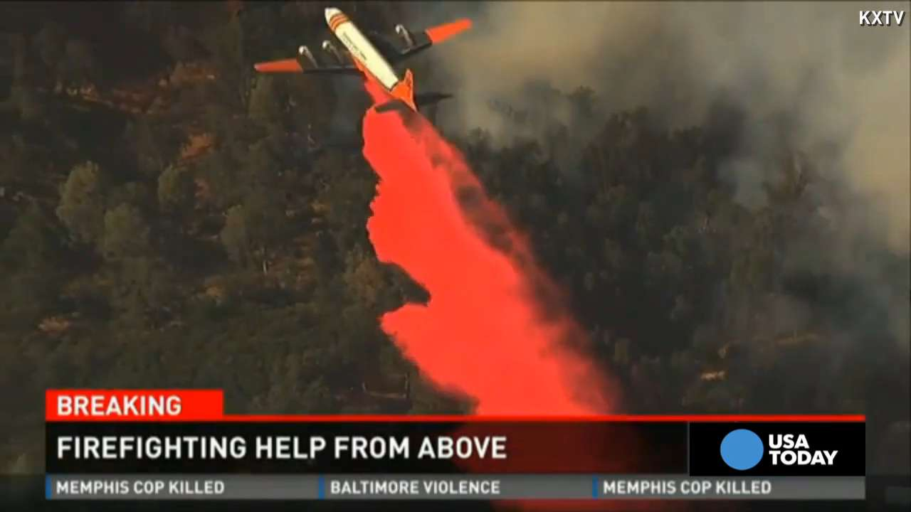 Firefighting planes help battle California blazes