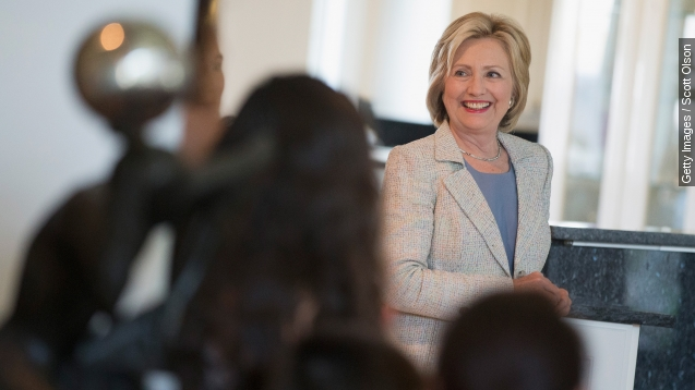 Clinton's bad press may be good sign for female politicians