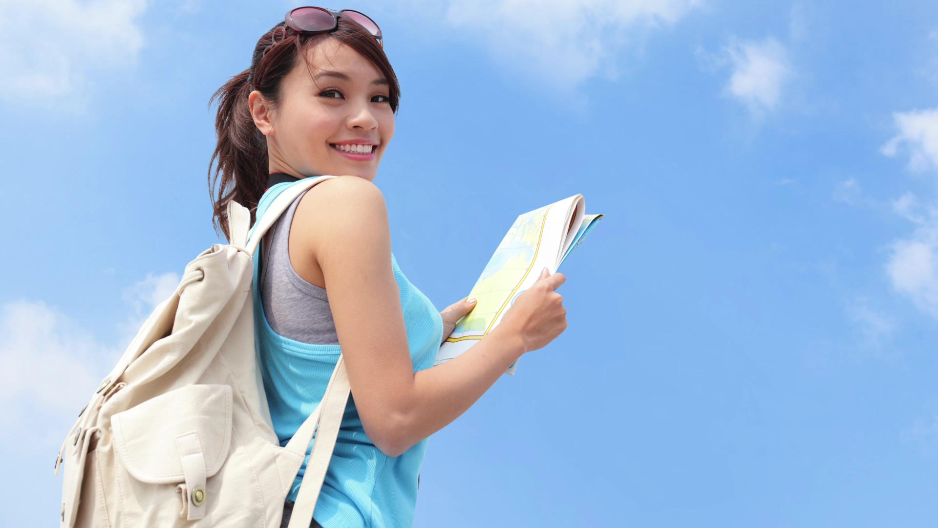 Safety tips for traveling solo