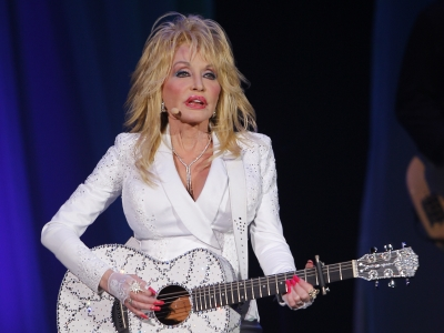 Dolly returns to Music City