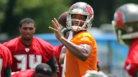 Jameis Winston makes his mark at Bucs training camp