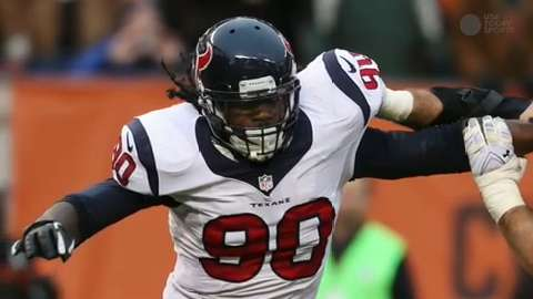 NFL Daily Blitz: Jadeveon Clowney returns from injury