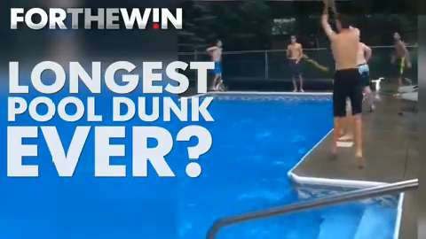 Kids pull off impressive 12-person pool dunk