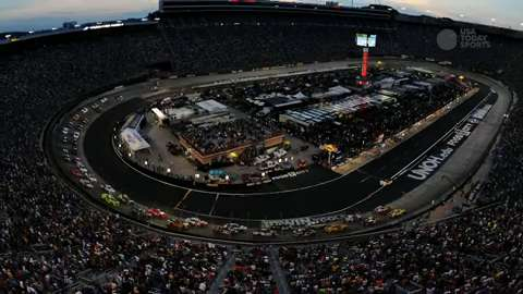 What to watch in Sprint Cup race under the lights at Bristol