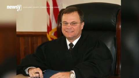 Ohio judge holds himself in contempt of court