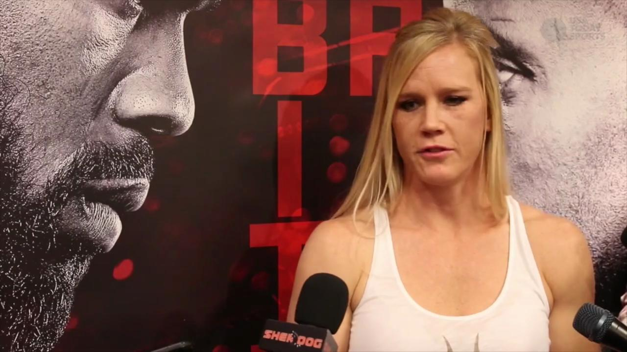 Holly Holm on Ronda Rousey: 'Everybody's beatable'