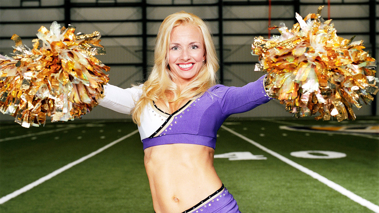 cheerleaders-having-sex-with-man-naked-different