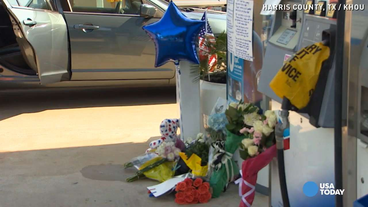 Makeshift memorial marks spot of Texas deputy's death