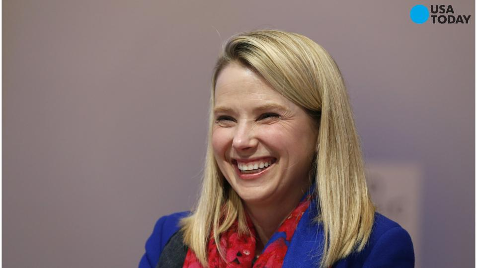 Yahoo CEO to have twins, vows 'limited time away'