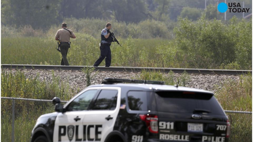 Manhunt on for 3 armed suspects after cop fatally shot