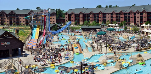 10Best.com voters gush about their favorite waterpark destinations.
