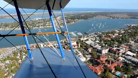 Soar above the oldest city in the USA and see some fabulous natural wonders nearby.