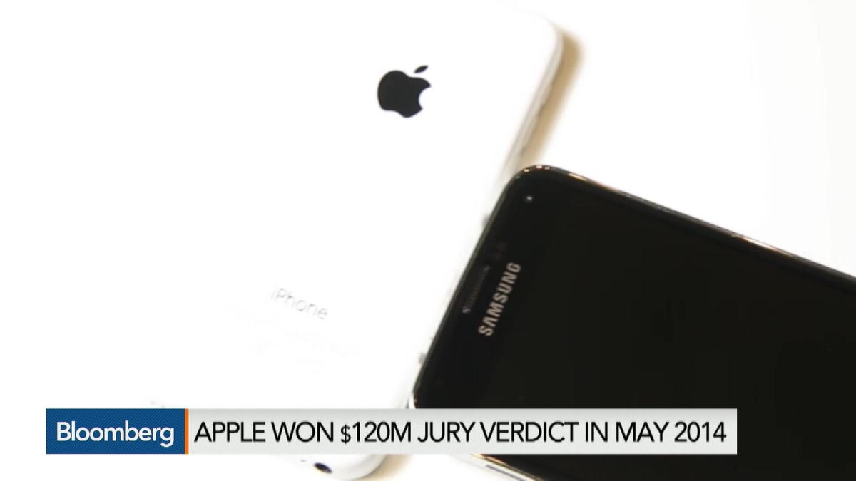 Apple Wins Ruling in Bid to Block Samsung
