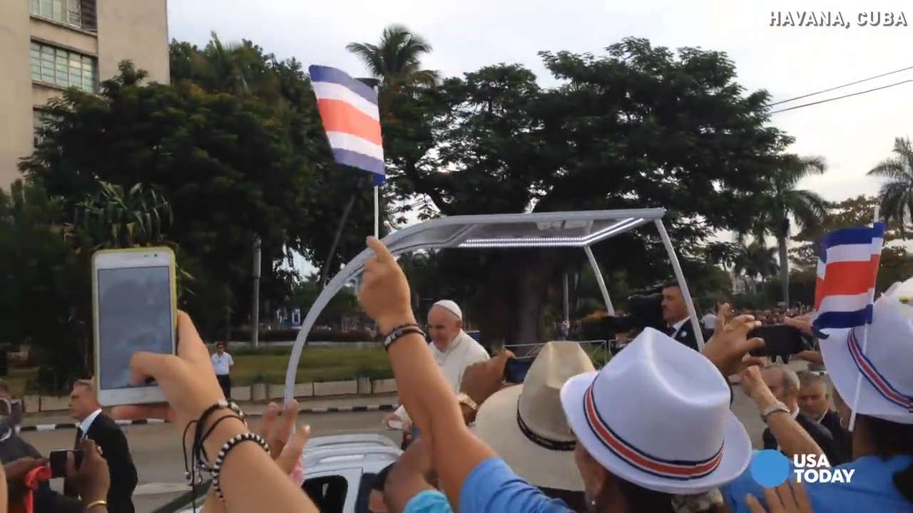 Pope Francis draws huge crowd for Mass in Havana
