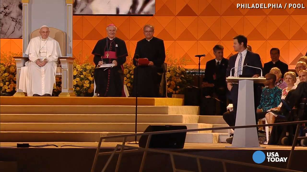 Mark Wahlberg asks for pope's forgiveness for 'Ted'
