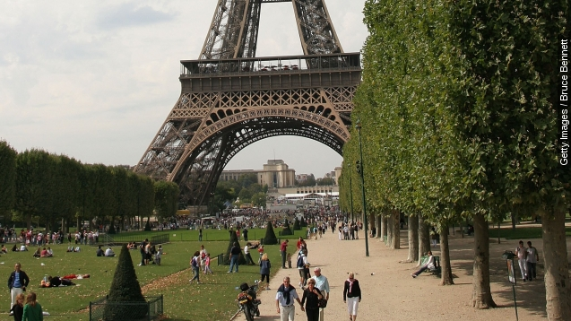Paris streets go car-free for the day