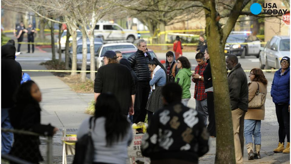 At Least 10 Dead in Shooting at Oregon College