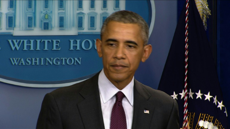 Obama urges gun control after Oregon shooting