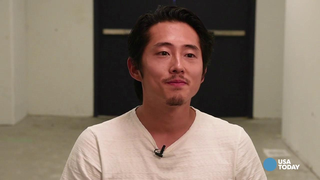 Yeun gives a sneak peek at 'Walking Dead' season 6