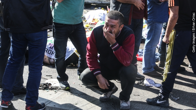 Explosions kill dozens at peace rally in Turkey
