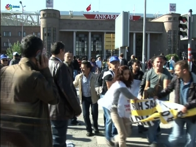 Raw: Bomb blasts kill dozens in Turkey