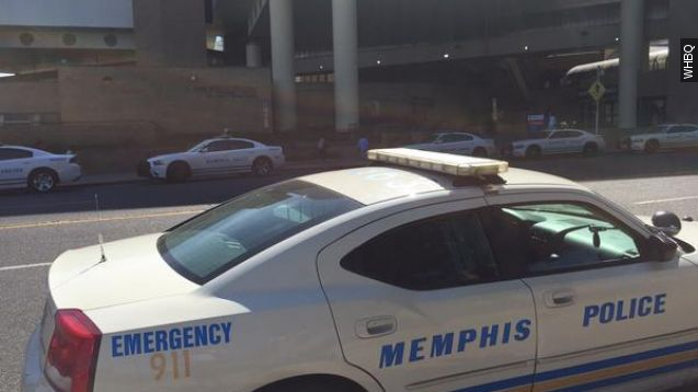 Memphis police officer shot and killed