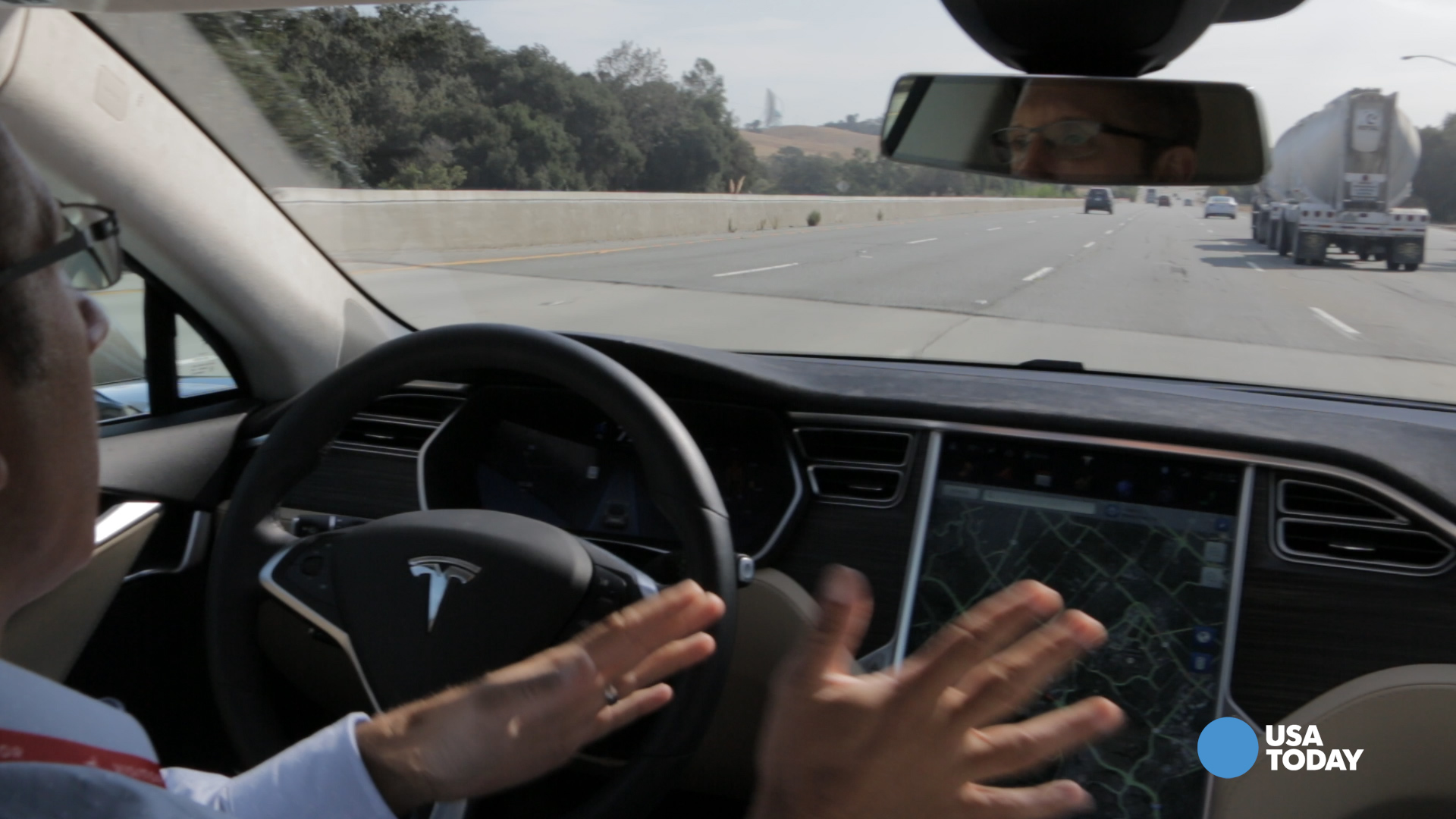Tesla's Model S drives itself