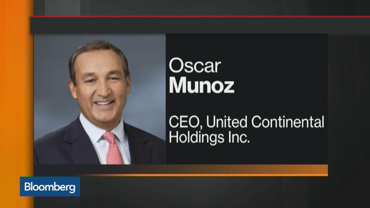 United Airlines CEO Munoz Suffers heart attack: WSJ