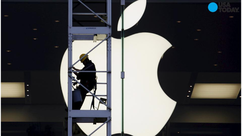 Apple removes private data apps